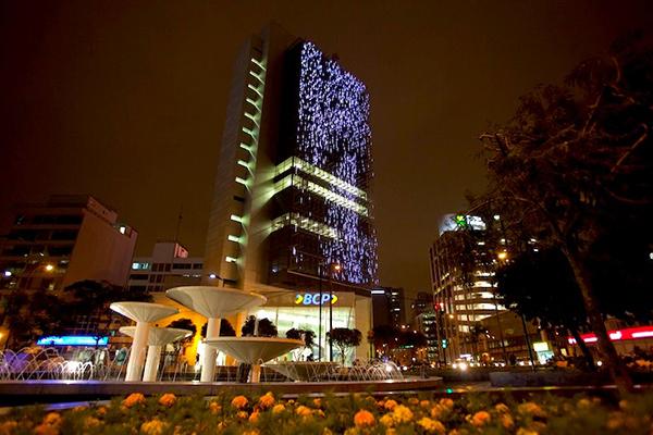 Ngân hàng BCP lung linh trong ánh đèn LED