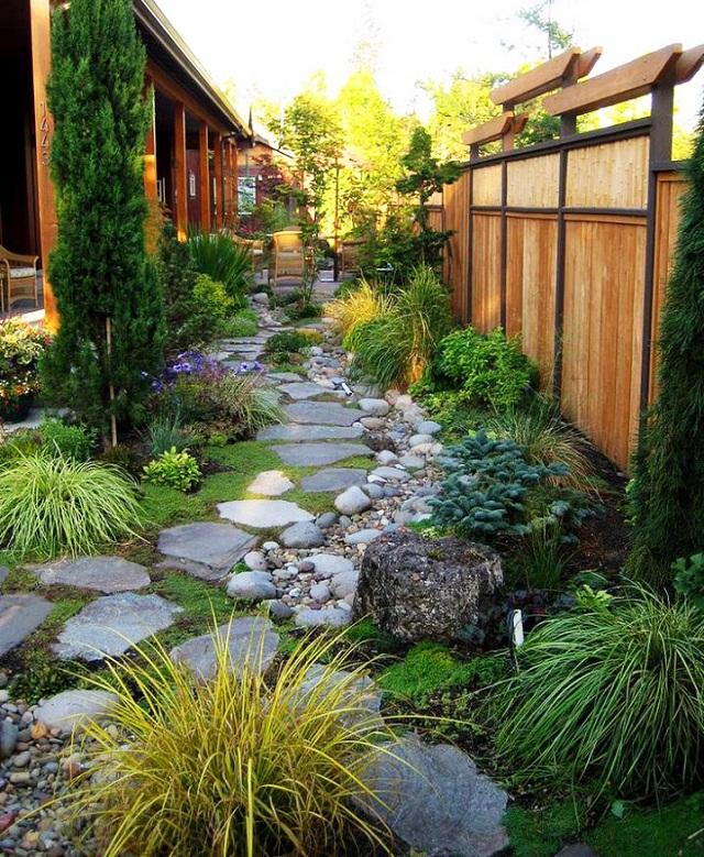 Tuyệt chiêu trang trí lối đi sân vườn đẹp mê ly